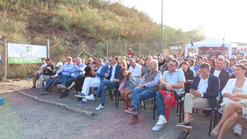 Presidente dei Geologi Campani Egidio Grasso che ha accolto le autorità presenti, tra cui il Sindaco della Città Metropolitana Luigi De Magistriis e il Colonnello del reparto Carabinieri per la Biodiversità dell'Arma Michele Capasso.